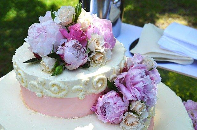 ウエディングケーキの画像