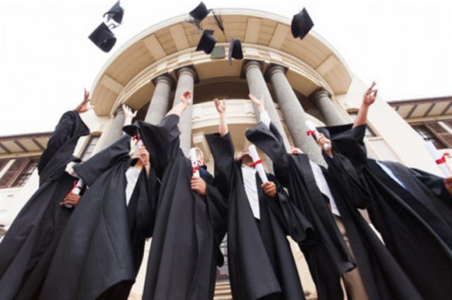 大学卒業 イメージ
