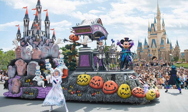 ディズニーパレードの画